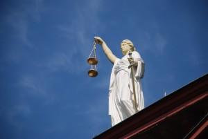 rechtbank, rechter, justitie